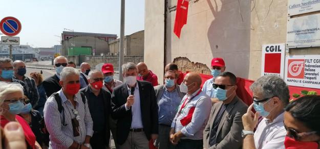 Landini e Schiavella inaugurano la sede Cgil Filt al Porto di Napoli
